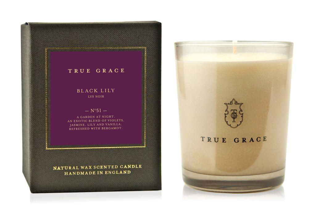 true-grace-black-lily-candle